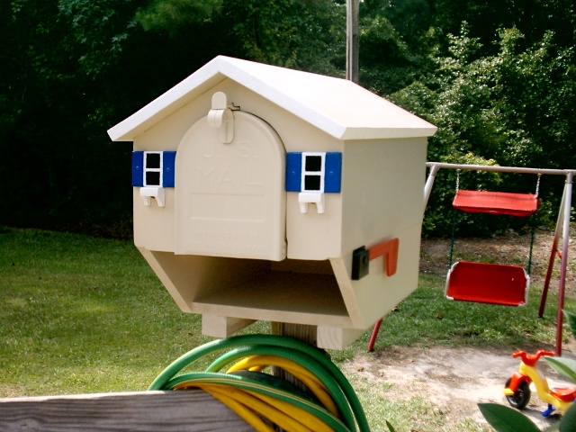 House Replica Mailboxes That Look Like Your Home